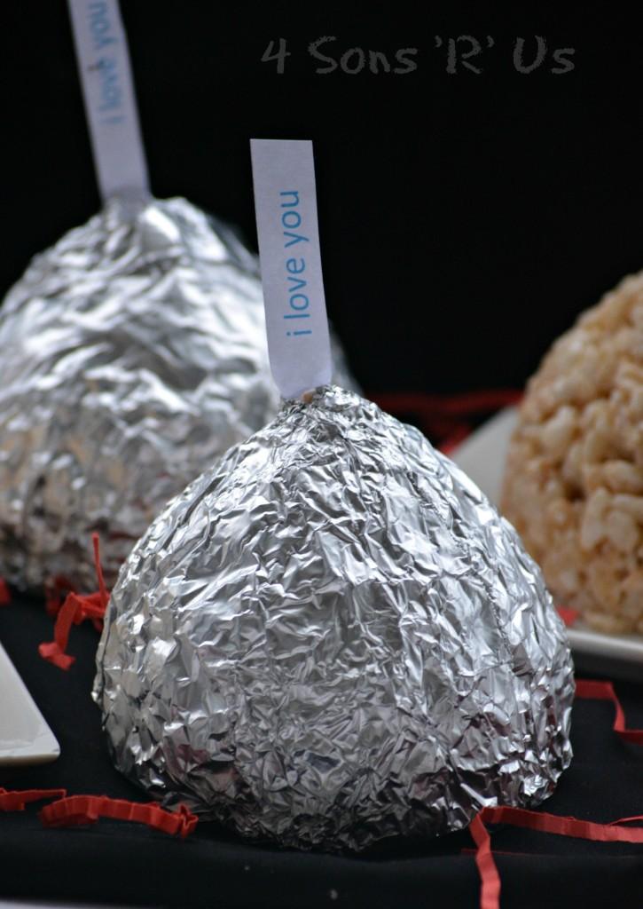 Hershey's Kiss Rice Krispie Treats