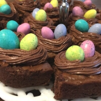 Easter Egg Brownie Nests